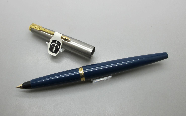 Parker 45 Azul Oro