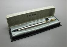 Parker 45 Flighter Special Plumín Oro