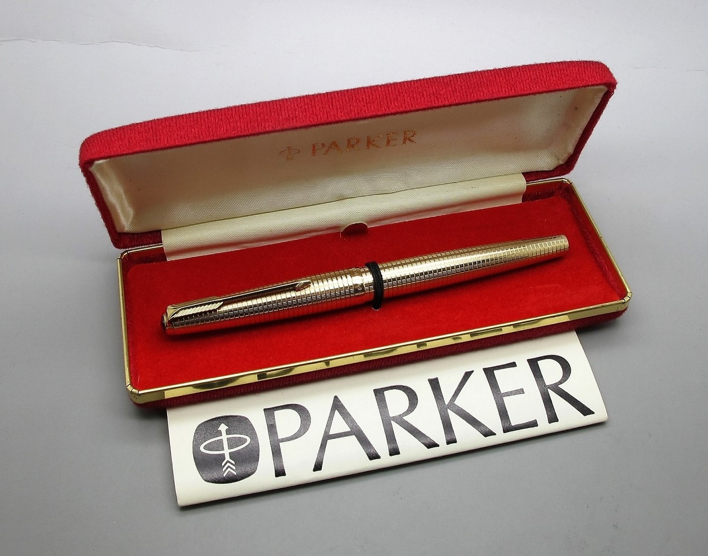 Parker 61 Consort Insignia