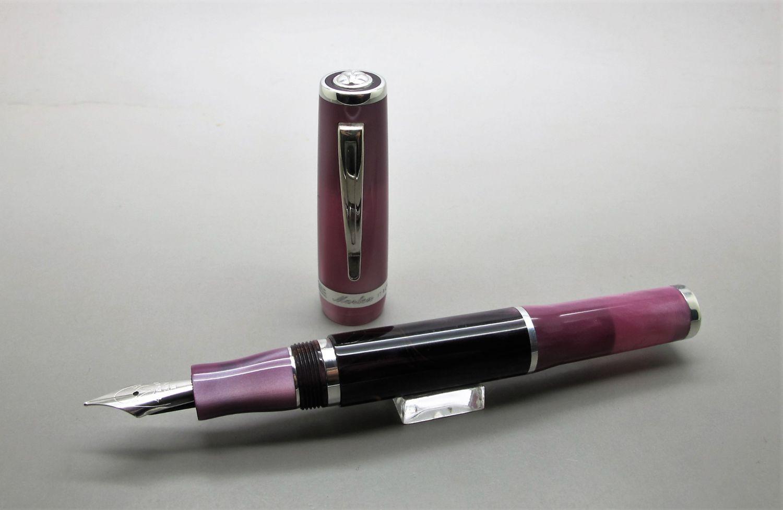 Marlen Lucky Pen
